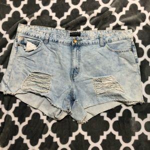 Forever21 destroyed denim shorts!